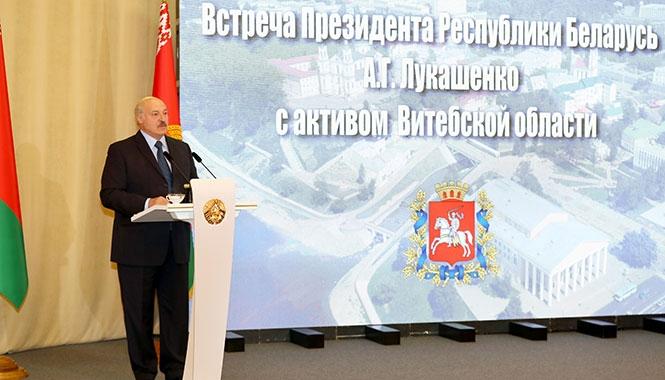 Подсчитаем. Сколько раз Лукашенко пообещал «не отдать страну»